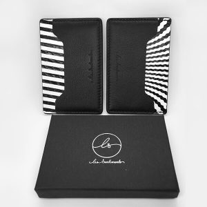 Porte-carte-noir-cuir-unisexe-artisanal-compact-cadeau