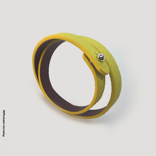 Bracelet-tendance-femme-cuir-jaune-double-tour
